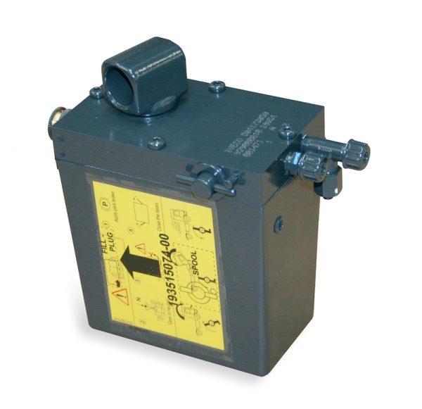 Pompa MHP oleodinamica ad azionamento manuale per sistemi di ribaltamento cabina IVECO
